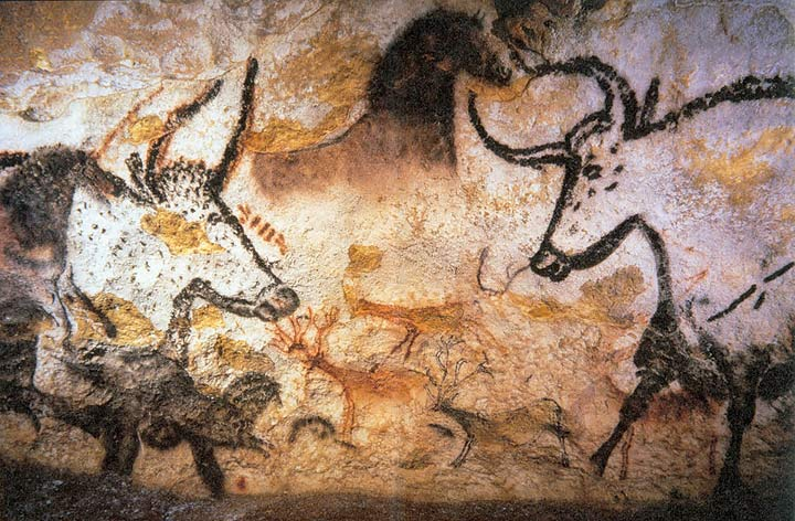 Painting in the Grotte de Lascaux, by Prof saxx via Wikimedia Commons